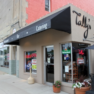 The Entrance to Tally's