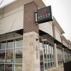 The front of Gusto Pizza